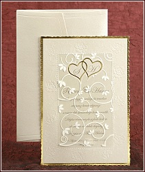 Svatební oznámení se zlatým rámečkem a průhledným krycím dílem s lesklými ornamenty, vzor 2485