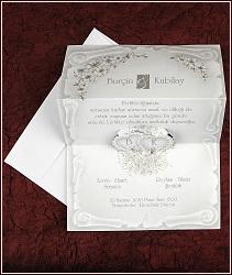 Jednodílné svatební oznámení ve tvaru listiny s vystupujícími srdíčky, vzor 2574