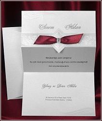 Skládací svatební oznámení zdobené slepotiskem a mašličkou, vzor 5409